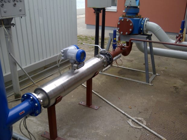 Measurements subject to custody transfer with OPTIMASS 2300 C in the fuel depot